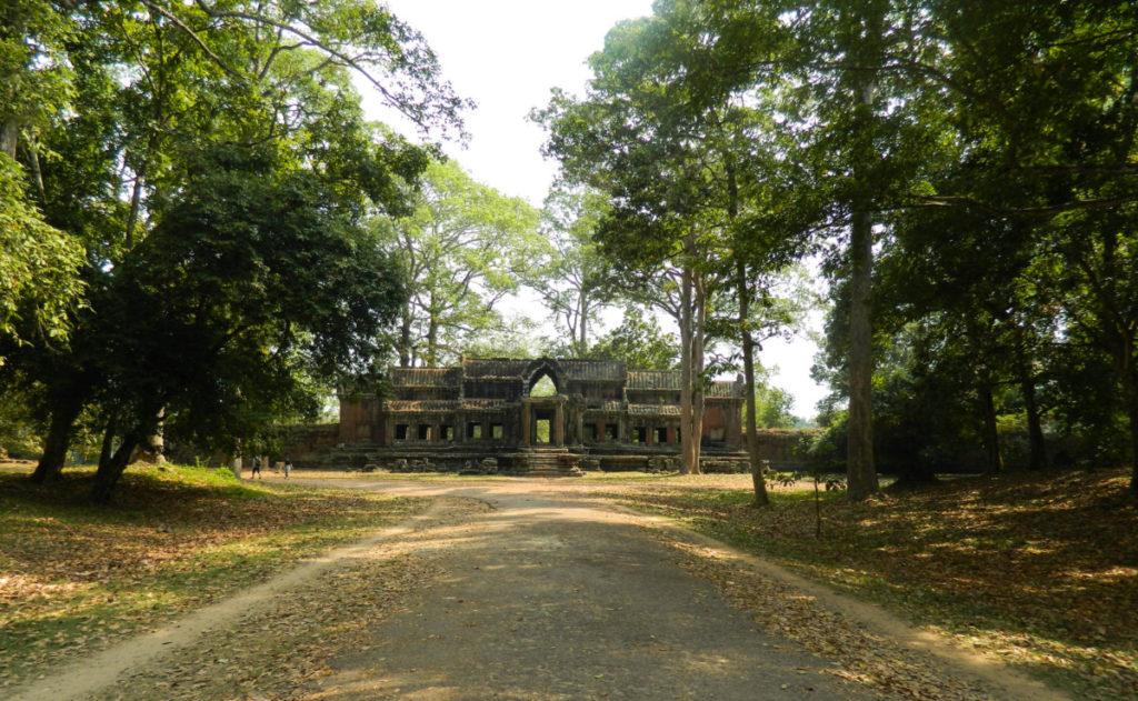 angkor-wat-2-1385-1024x631